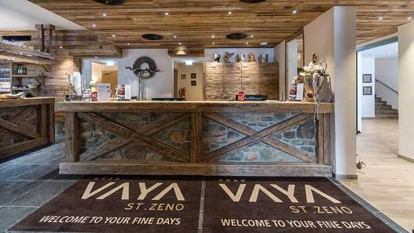 Vaya St Zeno Lodge